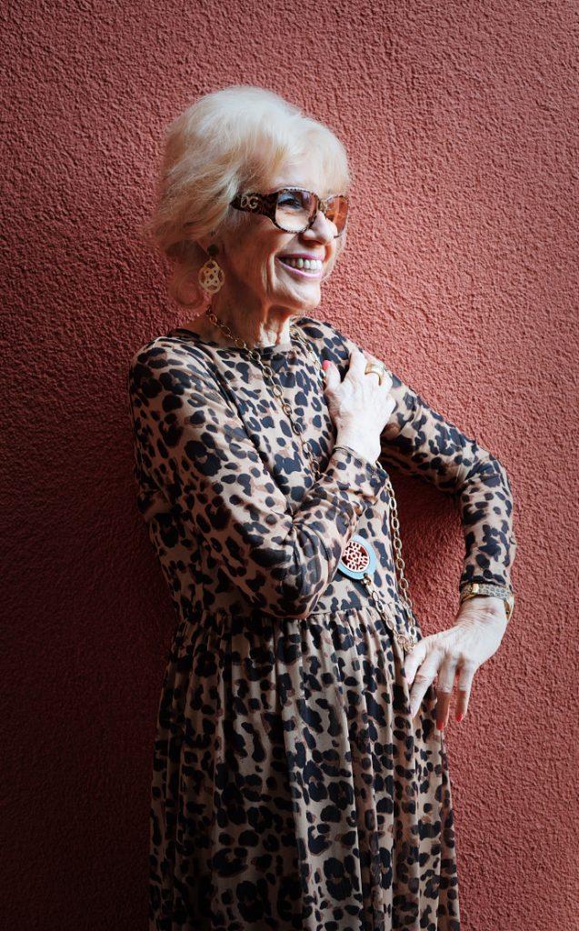 kleider in leo optik für frauen über 70